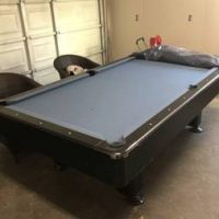 Pool Table in Excellent Good Condition