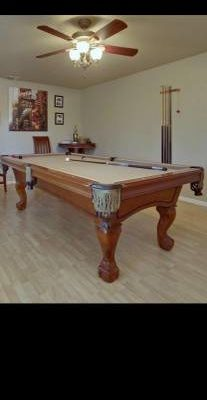 Berlinger Pool Table