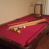 Brunswick Billiard Pool Table 8 ft